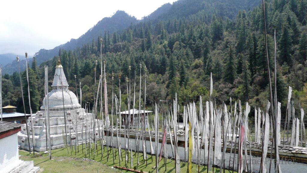 Der Chendebji-Chorten wurde vom Lama Shida erbaut, um den Dämonen festzunageln, der das Tal Ada bedrohte.Chendebji-Chorten