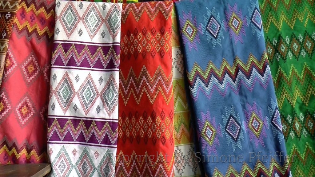 Falam weaving