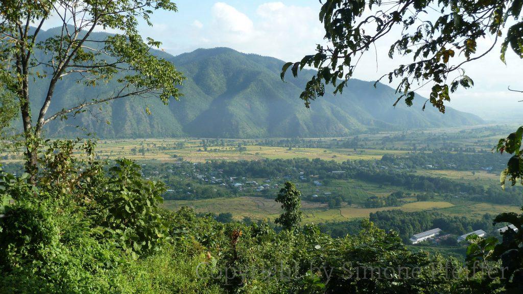 Blick zurück auf Kalaymyo.